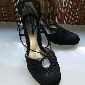 Nine West black heels with ankle strap sz 8